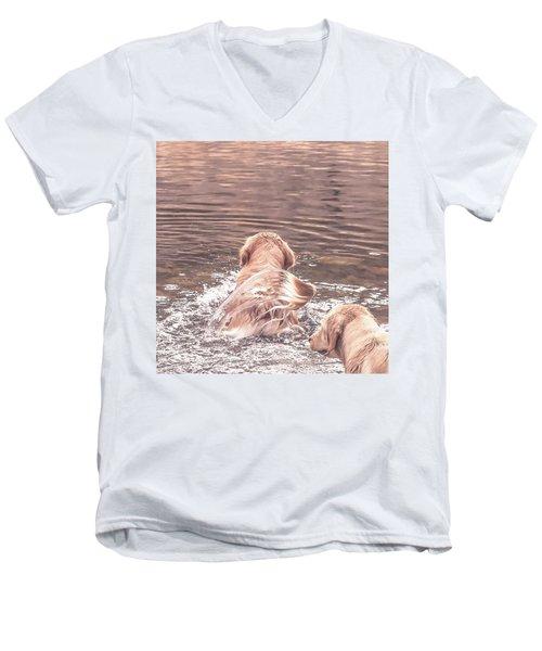 Tail Flag Men's V-Neck T-Shirt