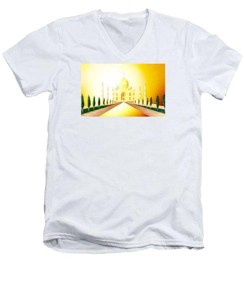 Taj  Mahal Men's V-Neck T-Shirt