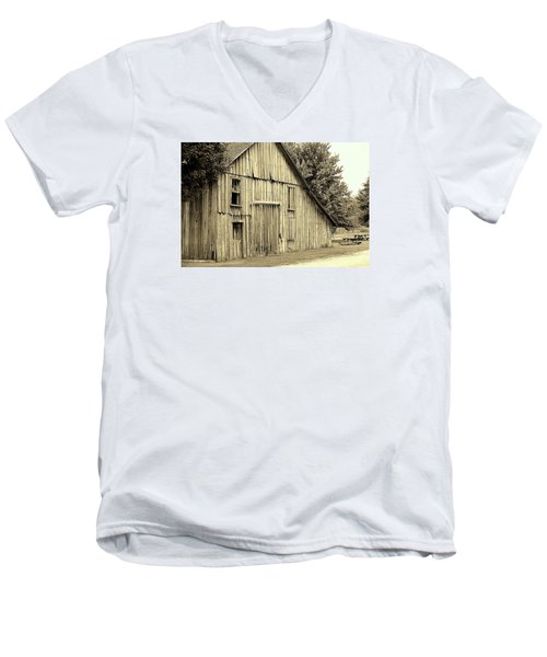 Tall Barn Men's V-Neck T-Shirt