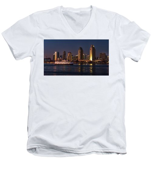 Test 20x36 Men's V-Neck T-Shirt