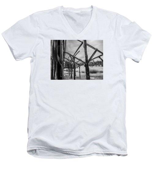 Testament Men's V-Neck T-Shirt