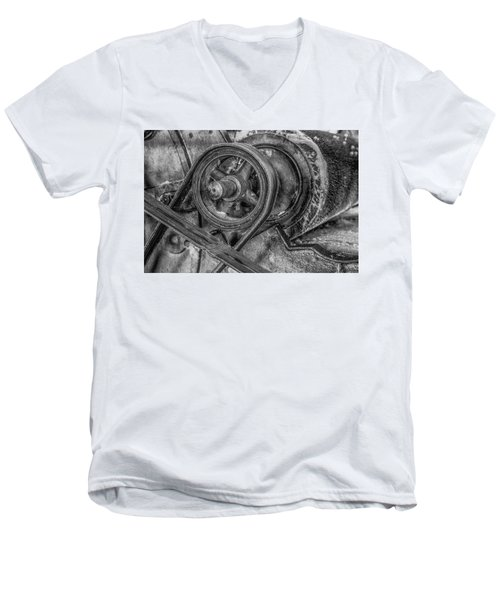 Textile Machinery Men's V-Neck T-Shirt