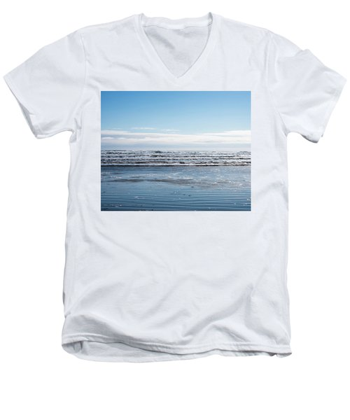 Textured Blues Men's V-Neck T-Shirt