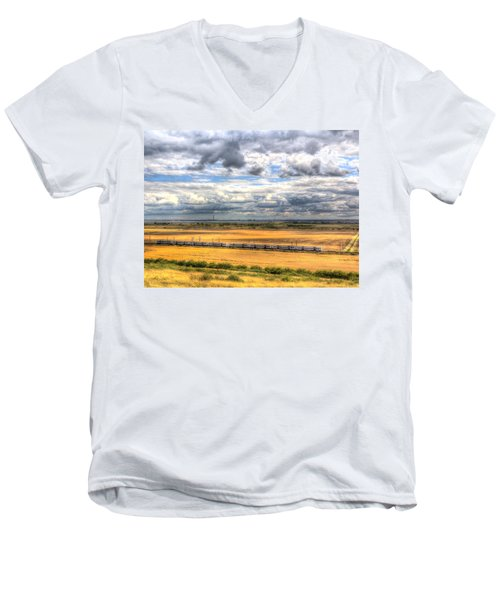 Thames Estuary View Men's V-Neck T-Shirt