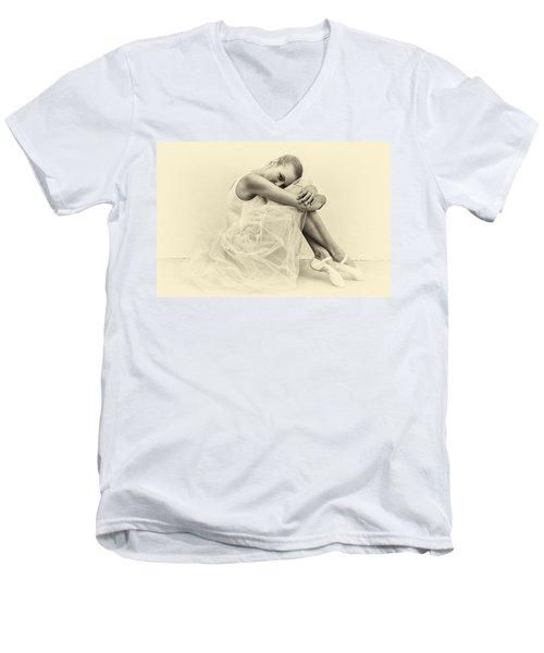 Le' Ballerina Men's V-Neck T-Shirt