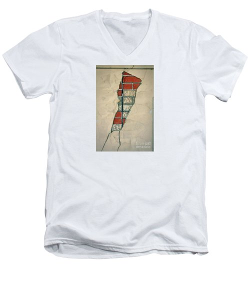 The Cracked Wall Men's V-Neck T-Shirt