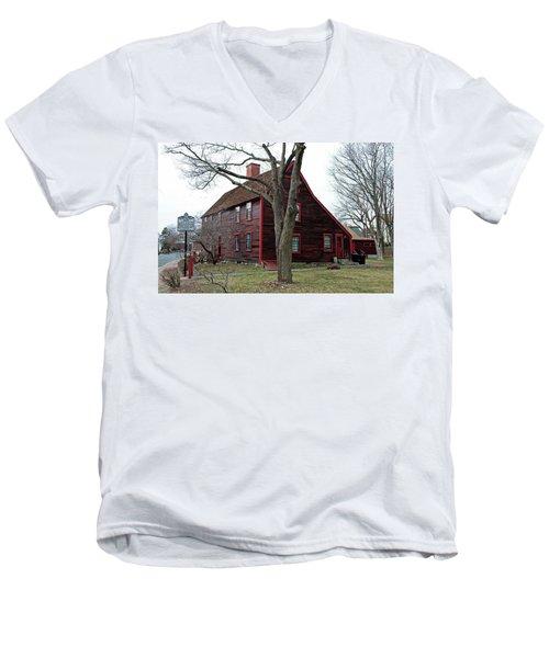 The Deane Winthrop House Men's V-Neck T-Shirt