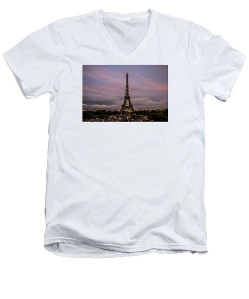 The Eiffel Tower At Sunset Men's V-Neck T-Shirt