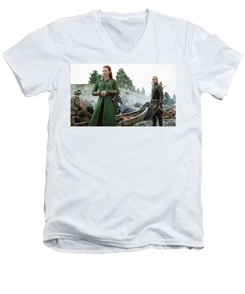 The Hobbit The Battle Of The Five Armies Evangeline Lilly Orlando Bloom Men's V-Neck T-Shirt