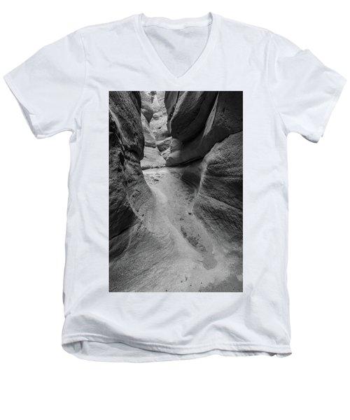 The Narrowing Men's V-Neck T-Shirt