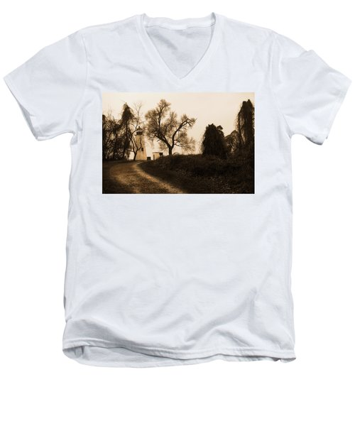The Road To Turkey Point Lighthouse Men's V-Neck T-Shirt