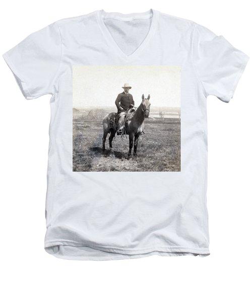 Theodore Roosevelt Horseback - C 1903 Men's V-Neck T-Shirt
