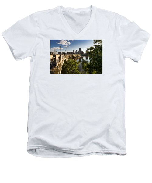 Third Avenue Bridge Men's V-Neck T-Shirt