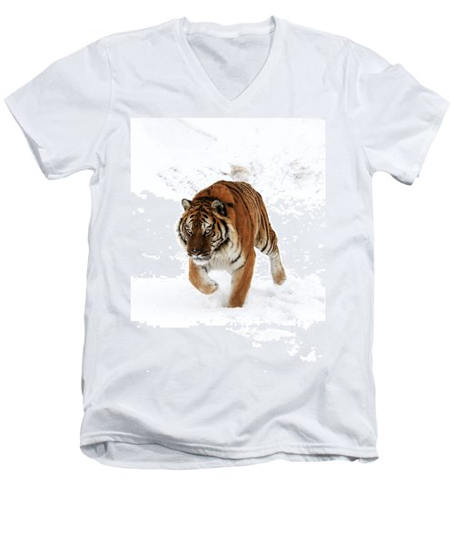 Tiger In Snow Men's V-Neck T-Shirt