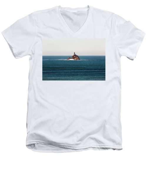 Tillamook Rock Lighthouse On A Calm Day Men's V-Neck T-Shirt