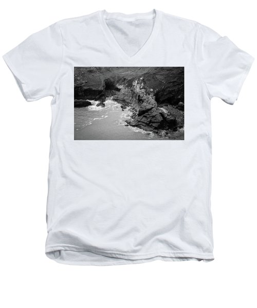 Tintagel Rocks Men's V-Neck T-Shirt