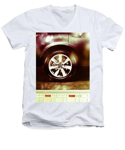 Tire Under The Moonlight Color Men's V-Neck T-Shirt