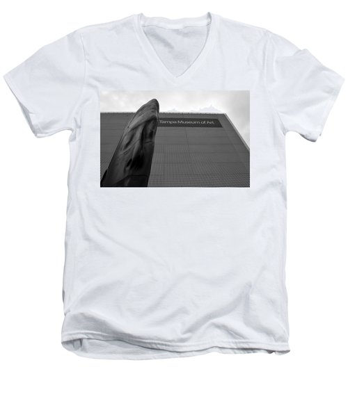 Men's V-Neck T-Shirt featuring the photograph Tampa Museum Of Art Work A by David Lee Thompson