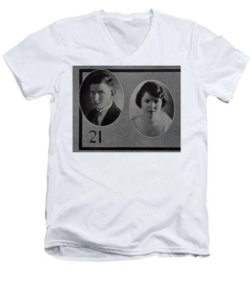 Tom Reitch Men's V-Neck T-Shirt