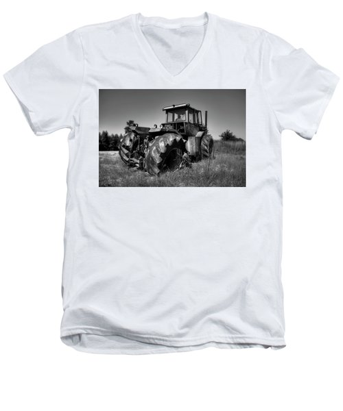 Tractor In The Countryside Men's V-Neck T-Shirt