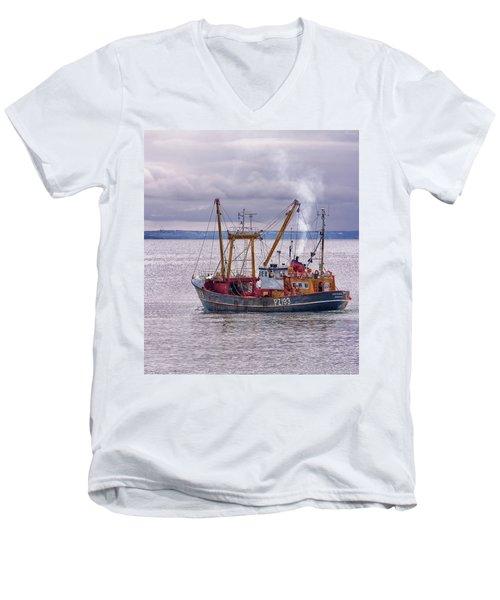 Trevessa Ll Pz193 Men's V-Neck T-Shirt