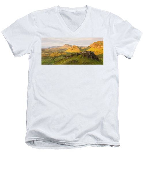 Trotternish Summer Panorama Men's V-Neck T-Shirt