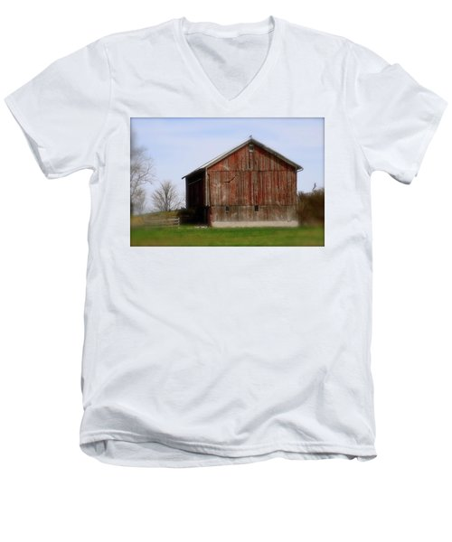 Turkey Vultures Hovering Around The Barn Men's V-Neck T-Shirt