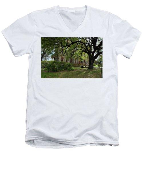 Under The Tree F5622a Men's V-Neck T-Shirt