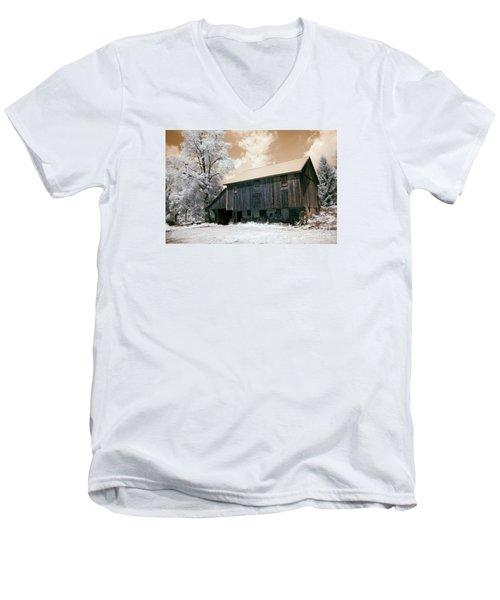 Underground Railroad Slave Hideout Men's V-Neck T-Shirt