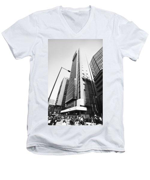 Union Bank Hq, Marina Men's V-Neck T-Shirt