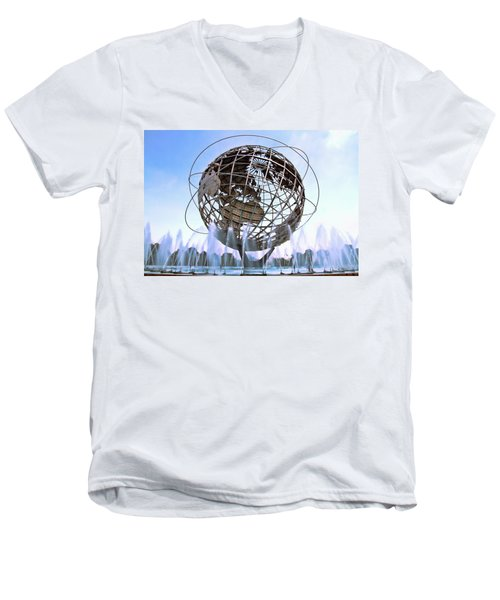 Unisphere With Fountains Men's V-Neck T-Shirt