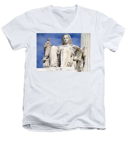 Us Supreme Court 7 Men's V-Neck T-Shirt