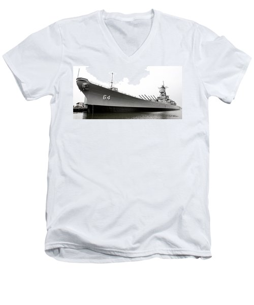 Uss Wisconsin - Port-side Men's V-Neck T-Shirt