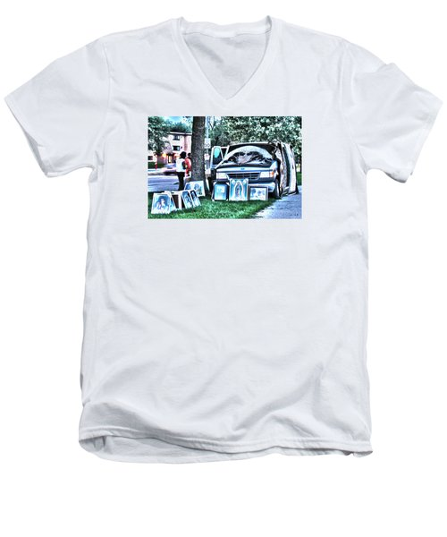 Van Art Men's V-Neck T-Shirt