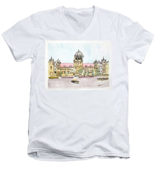 Victoria Terminus Men's V-Neck T-Shirt