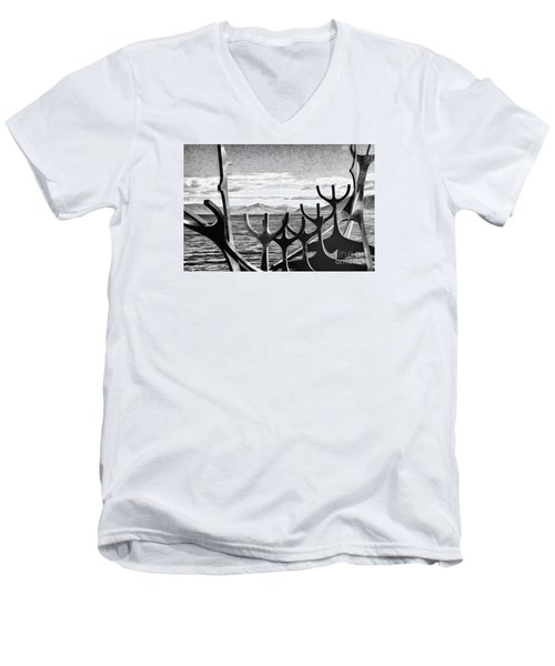 Viking Tribute Men's V-Neck T-Shirt