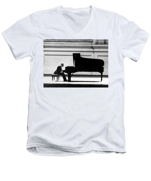 Vladimir Horowitz Men's V-Neck T-Shirt