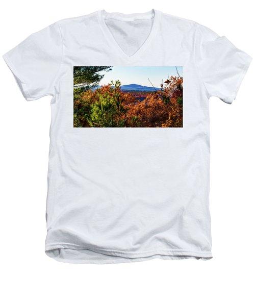 Wachusett In Fall Men's V-Neck T-Shirt