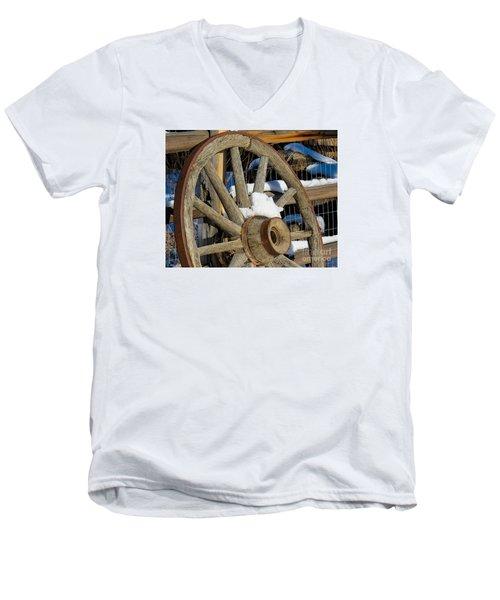 Wagon Wheel 1 Men's V-Neck T-Shirt