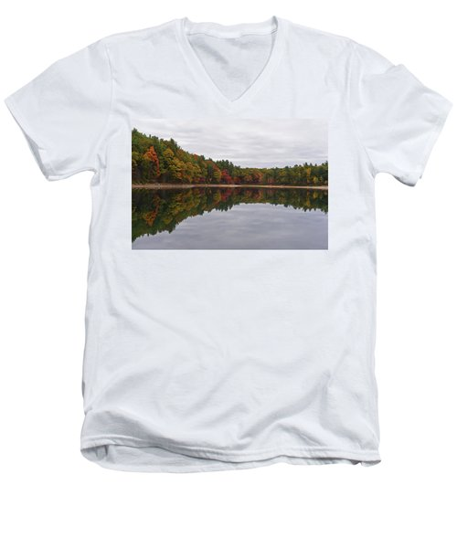 Walden Pond Fall Foliage Concord Ma Reflection Trees Men's V-Neck T-Shirt