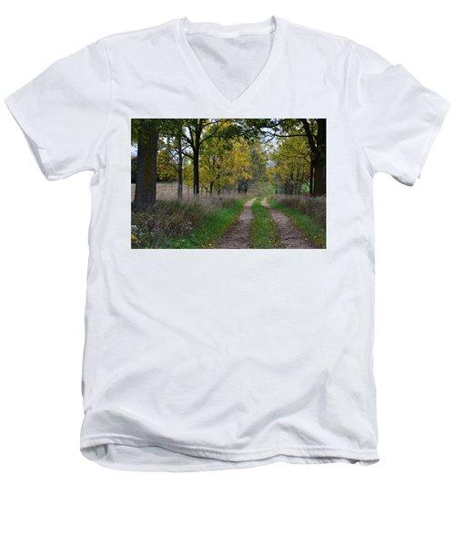 Walnut Lane Men's V-Neck T-Shirt
