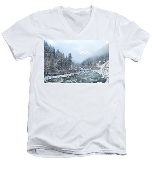 Wenatchee River Men's V-Neck T-Shirt