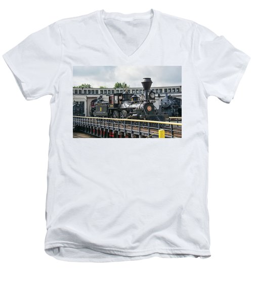 Western And Atlantic 4-4-0 Steam Locomotive Men's V-Neck T-Shirt by John Black