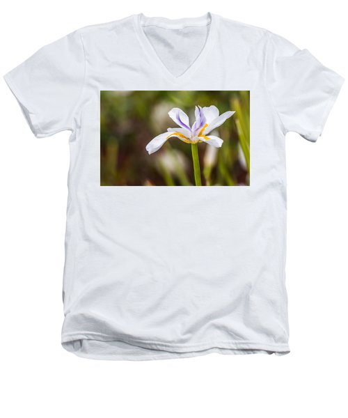 White Beardless Iris Men's V-Neck T-Shirt