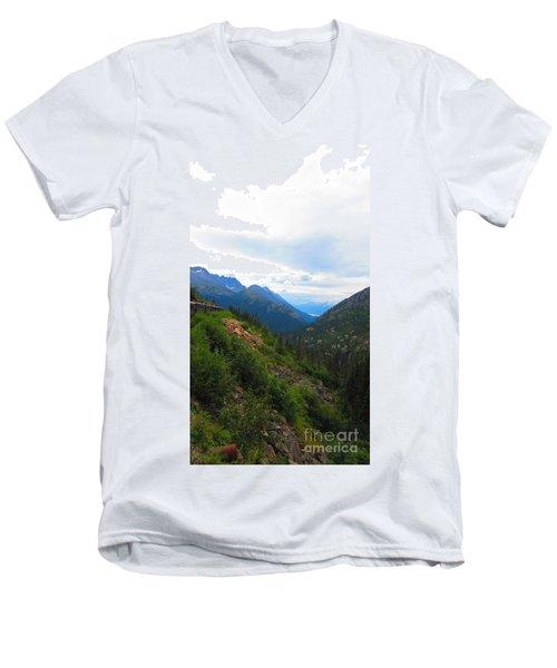 White Pass Rail Road Men's V-Neck T-Shirt