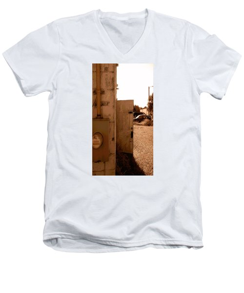 Men's V-Neck T-Shirt featuring the photograph Wide Open by Steve Sperry