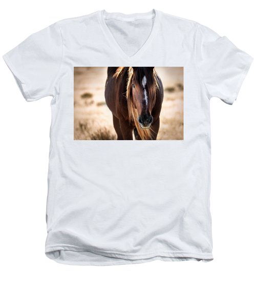 Wild Horse Watching Men's V-Neck T-Shirt