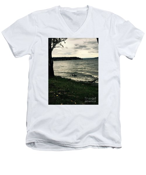 Wind Followed By Waves Men's V-Neck T-Shirt