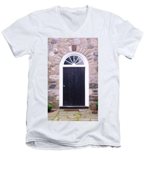 Winter House Door Men's V-Neck T-Shirt