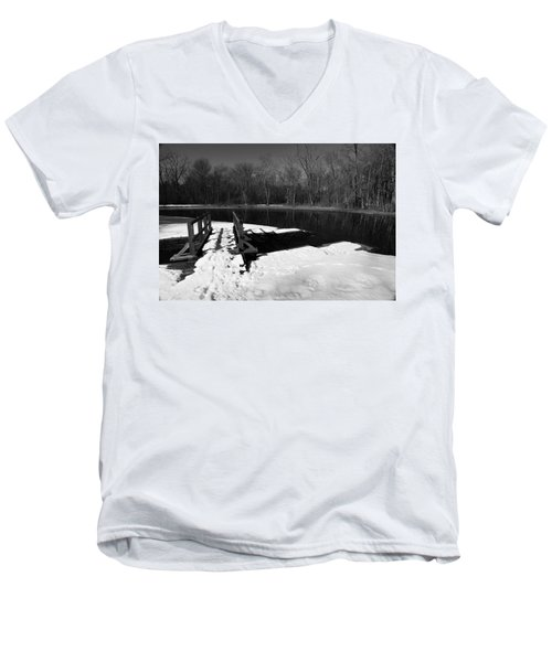 Winter Park 2 Men's V-Neck T-Shirt